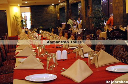 Hotel rajdarshan udaipur india udaipur hotels for Aamantran indian cuisine